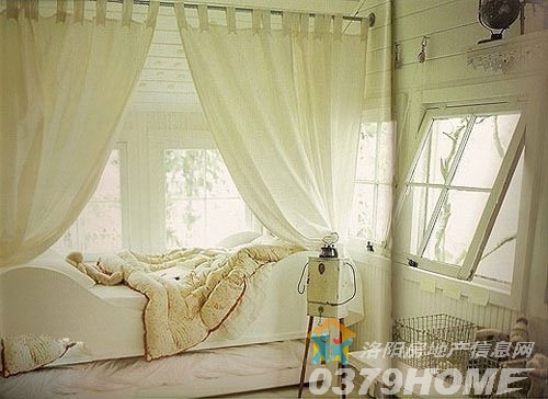>>  时尚家居 > 床铺飘窗二合一 8款创意飘窗当卧室    充满森林系